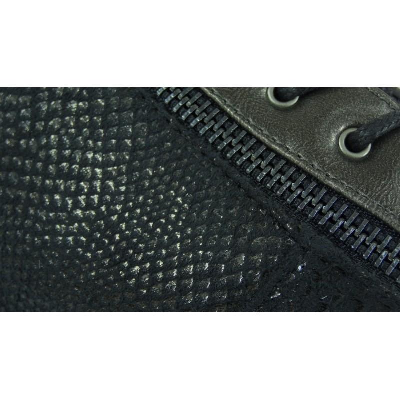 Botki na niskiej koturnie wąż (srebrne)