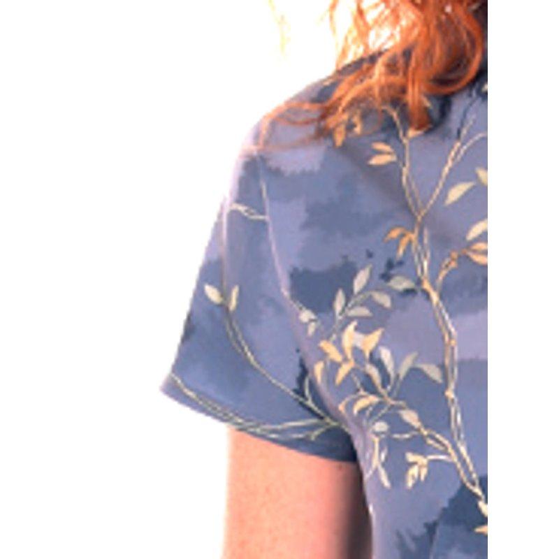Sukienka w listki wiązana w talii - polski producent- błękit