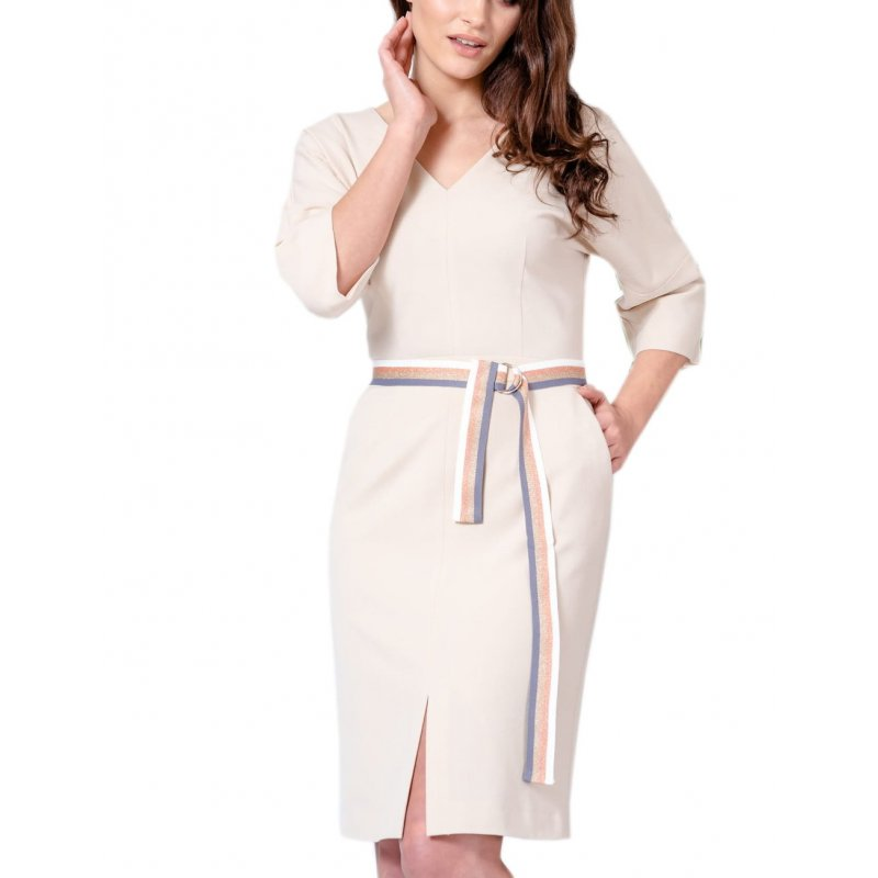 Sukienka typu KIMONO z paskiem- jasny beż Beżowa Sukienka z Paskiem w Talii