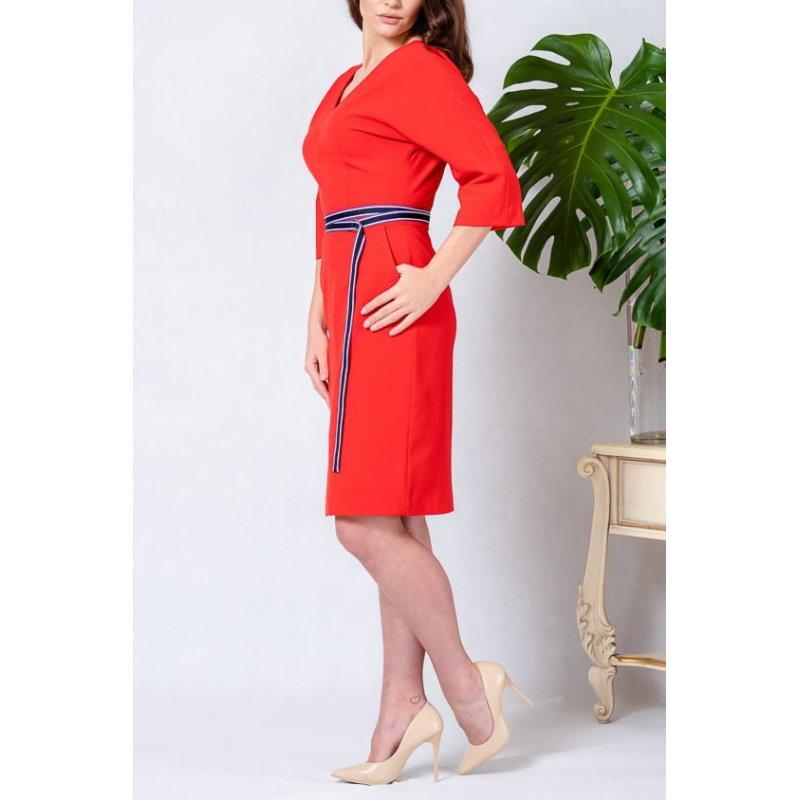 Sukienka typu KIMONO z paskiem - Czerwona Sukienka Sukienka z Paskiem w Talii