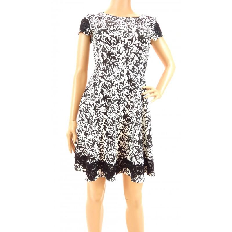 Sukienka wzorzysta z koronką (czarna)
