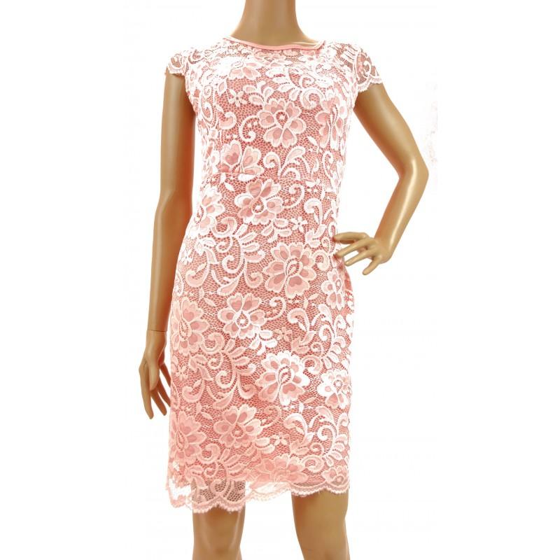 Sukienka z koronki (jasno różowa)