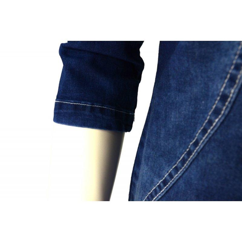 Jeansowa sukienka z finezyjnymi przeszyciami