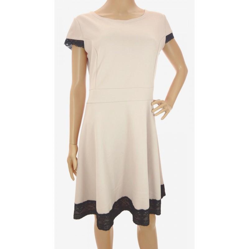 Sukienka z koronką (beż)