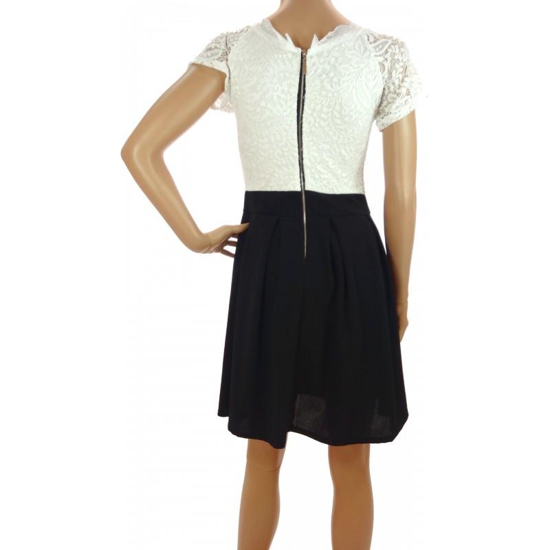 Sukienka rozkloszowana (biała)