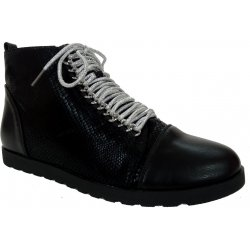 Sneakersy ze srebrną sznurówką